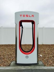 Tesla.06